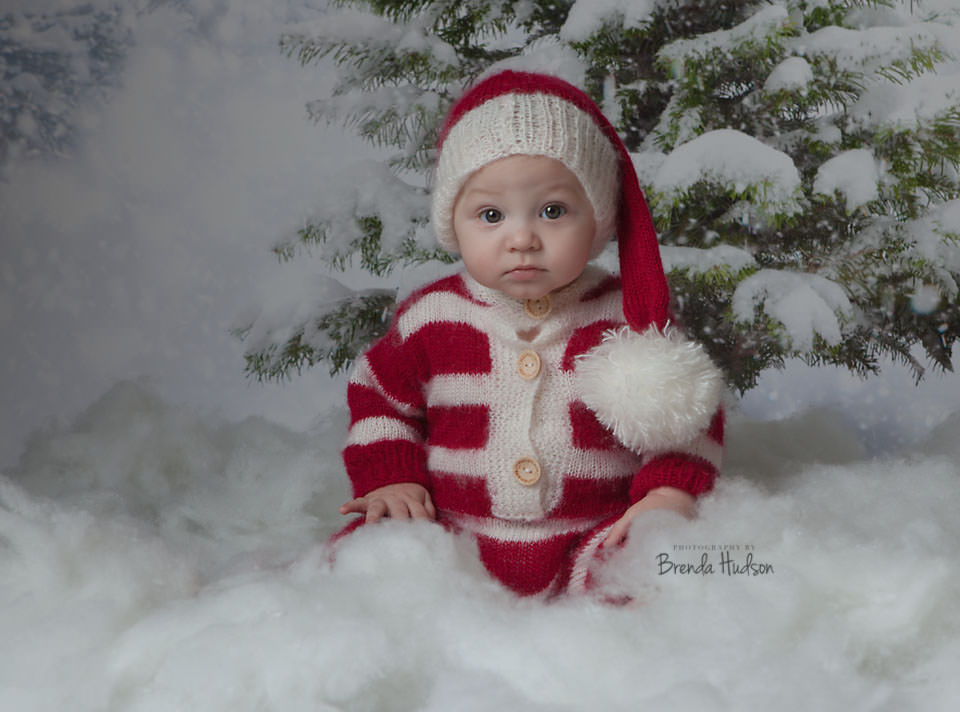 Christmas baby photos – Harley