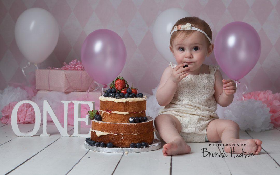 Cake smash photographer in Rugeley ~ Clara