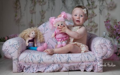 Photographer in Rugeley, Staffordshire ~ Cake smash Darcie