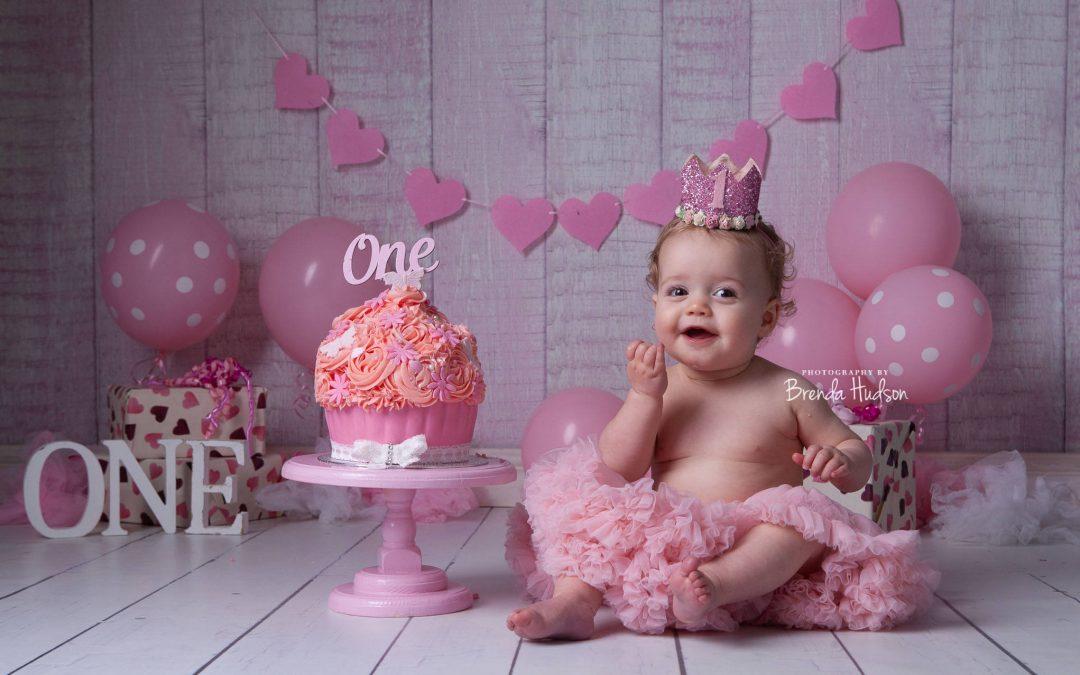 Cake smash  ~ Rugeley ~ Scarlett