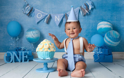 Cake smash photos ~ Zac