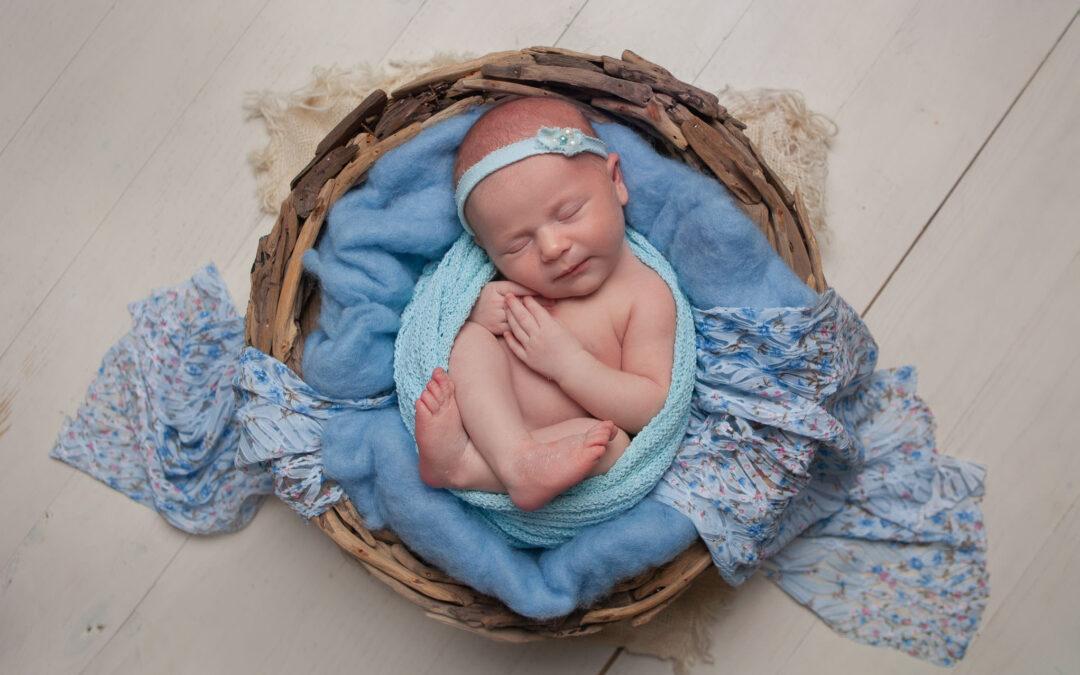 Newborn photos in Rugeley ~ Gracie