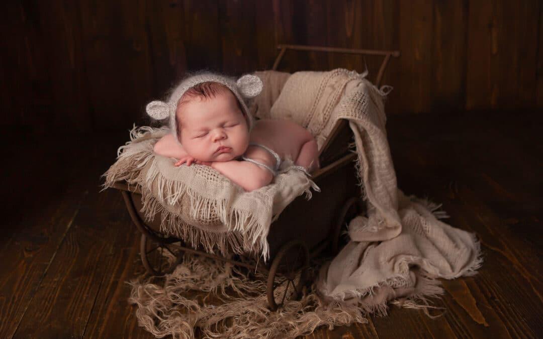 Newborn photographer ~ Ellis