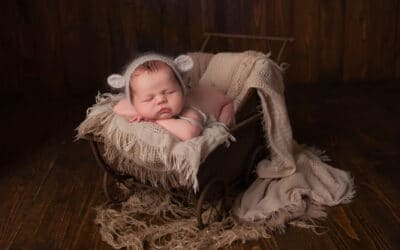 Newborn photographer ~ Ellis